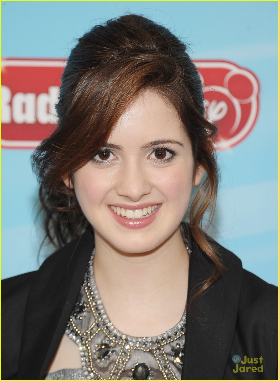 laura marano empire state 08