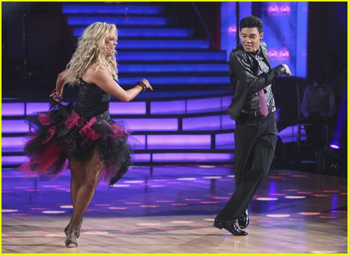roshon fegan dwts night one 12