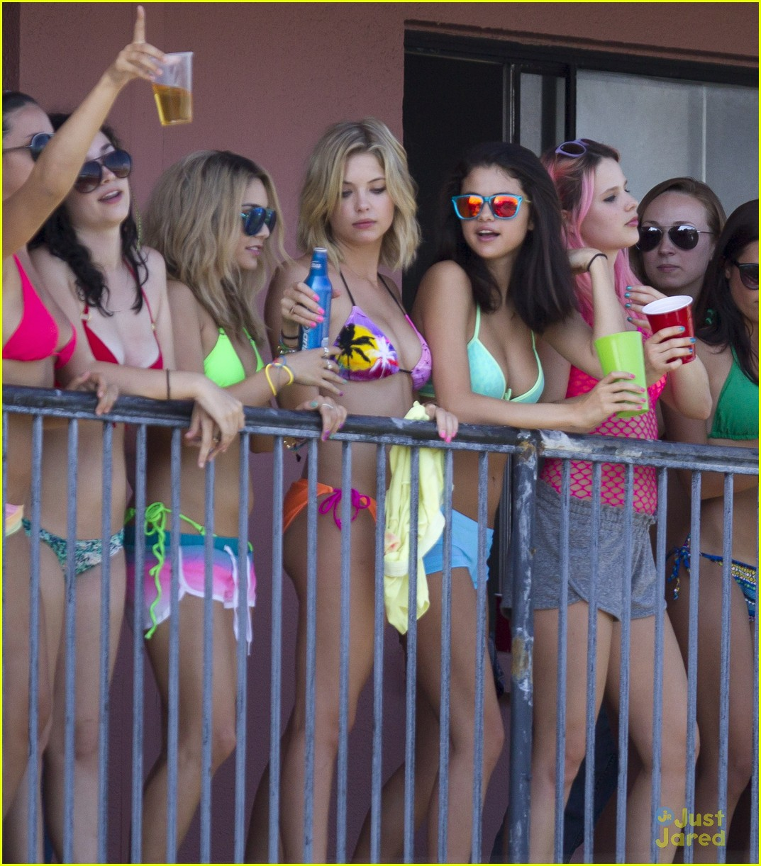 selena gomez spring breakers balcony 01