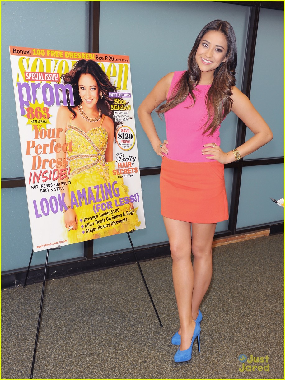 shay mitchell 17 signing 09