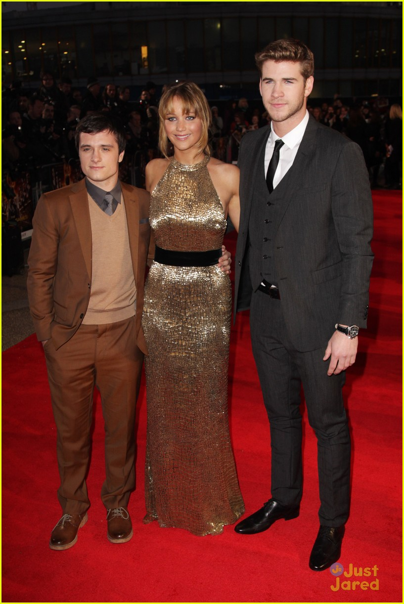 jennifer josh liam london thg 06