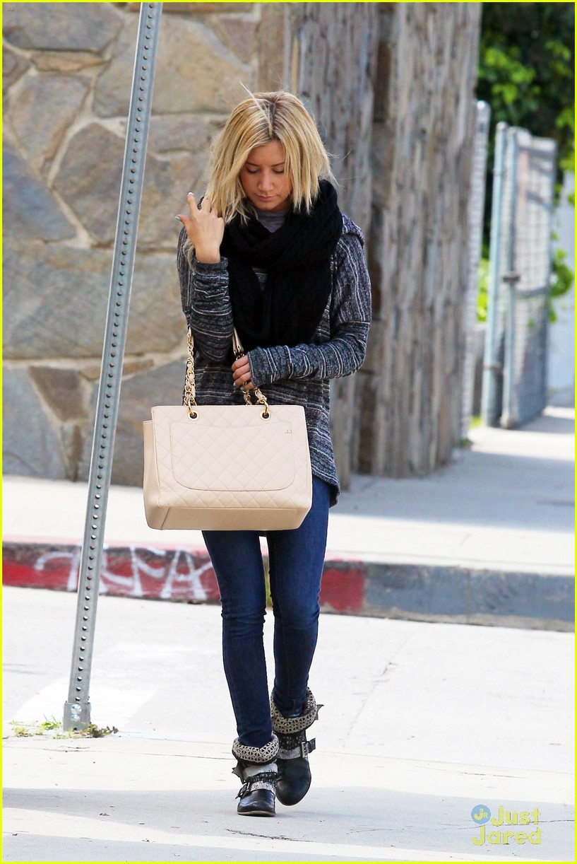 ashley tisdale recording studio 05