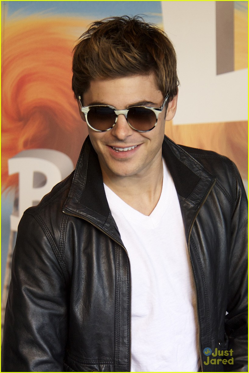zac efron rome fan meet 11