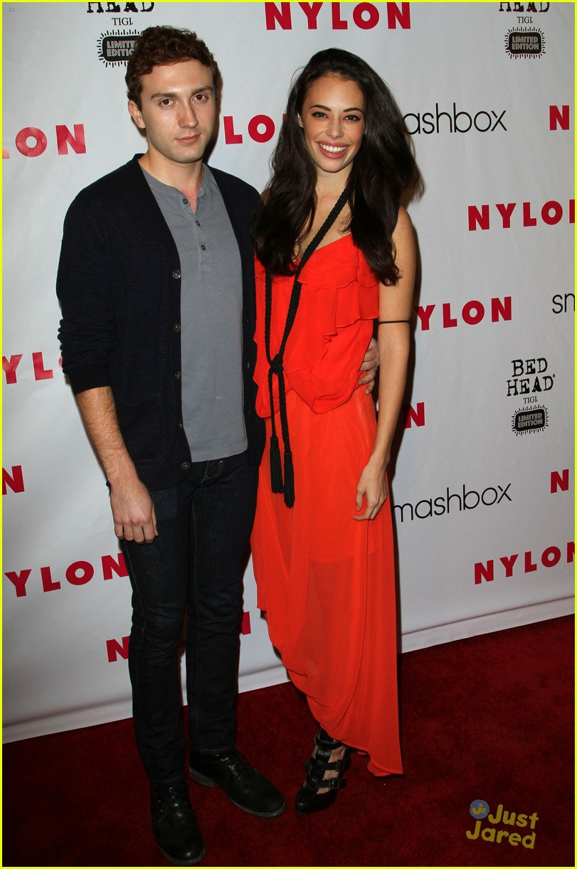 austin butler chloe bridges nylon 10