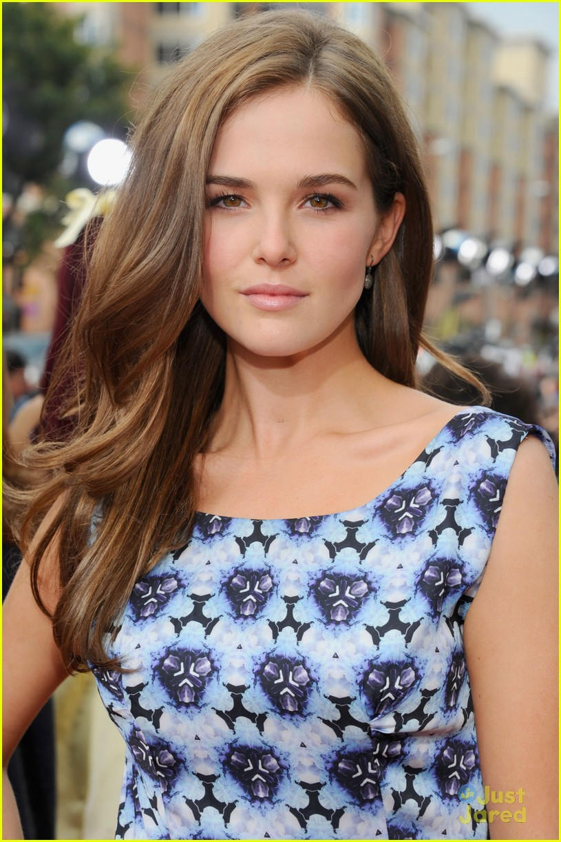zoey deutch interview