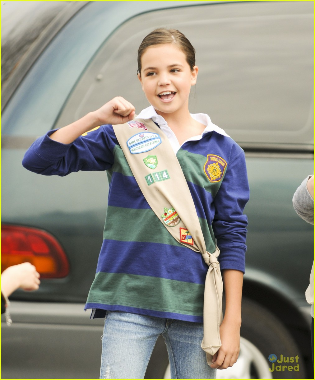 bailee madison cookie set 01