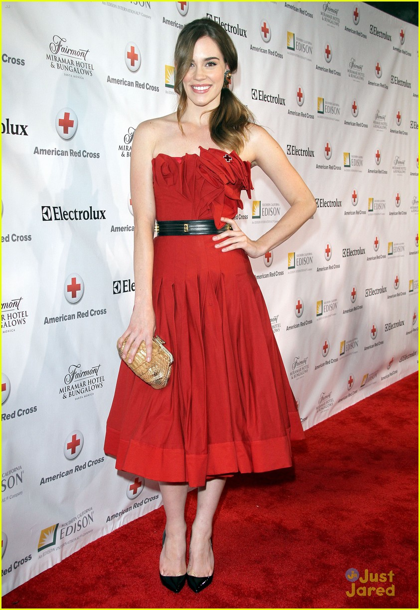 christa allen red cross 03