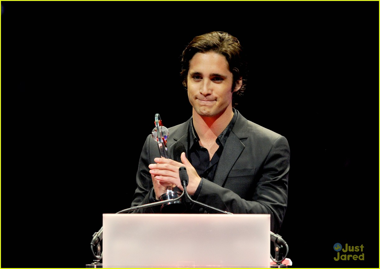diego boneta cinemacon rising star 02