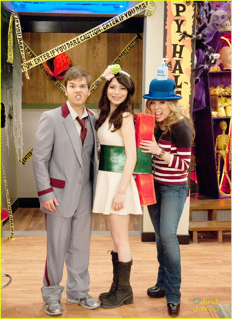 icarly happy halfoween 07