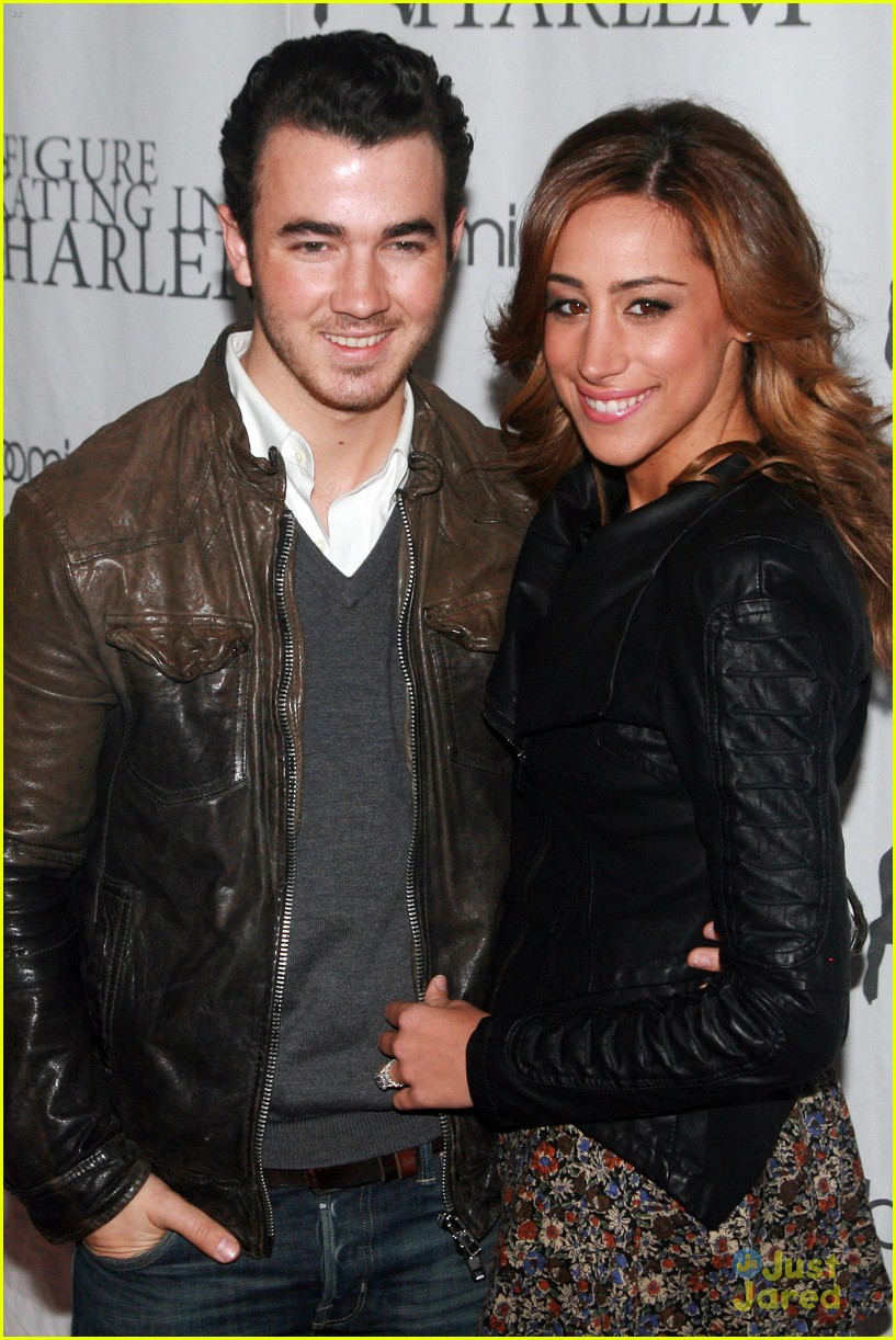 kevin danielle jonas forgetting girl 01