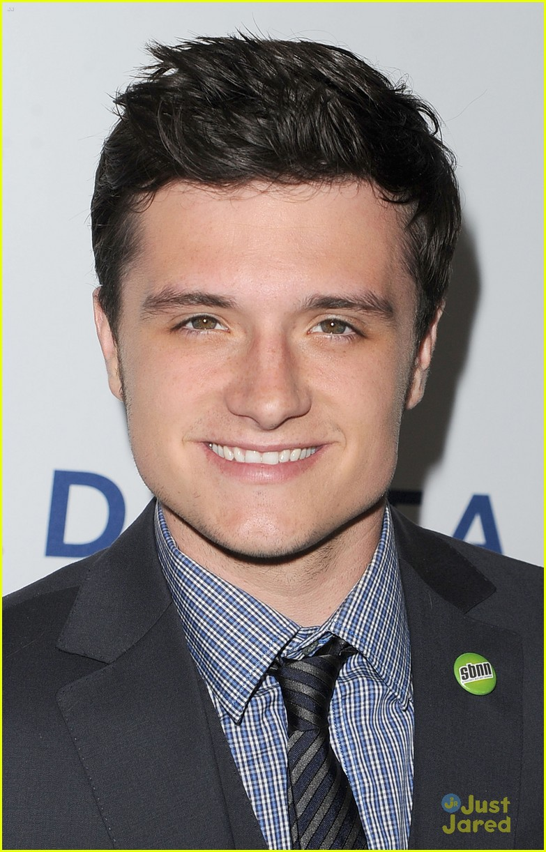 josh hutcherson glaad media awards 01