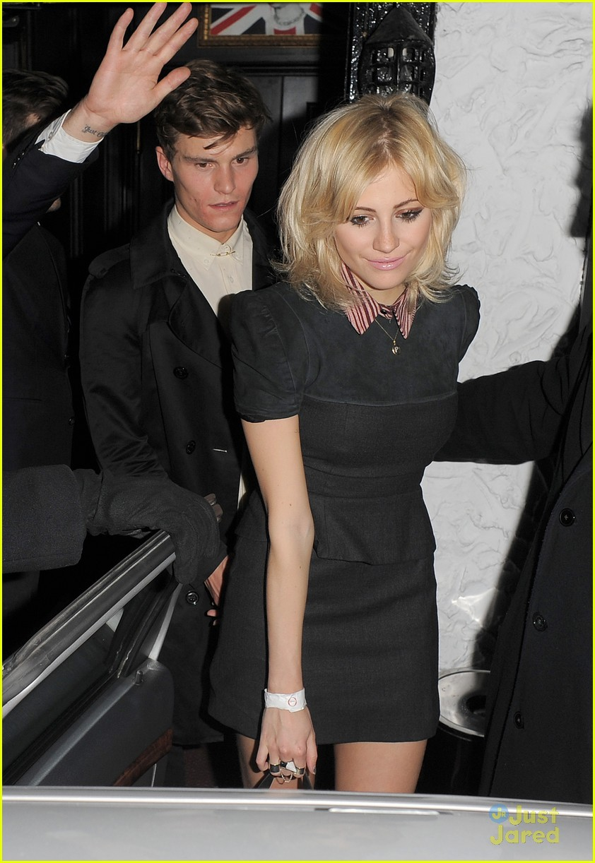 pixie lott oliver cheshire party 10