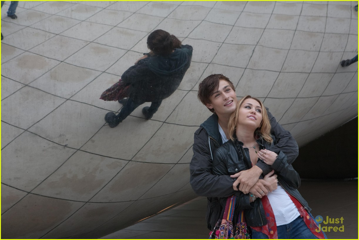 miley cyrus lol stills 09