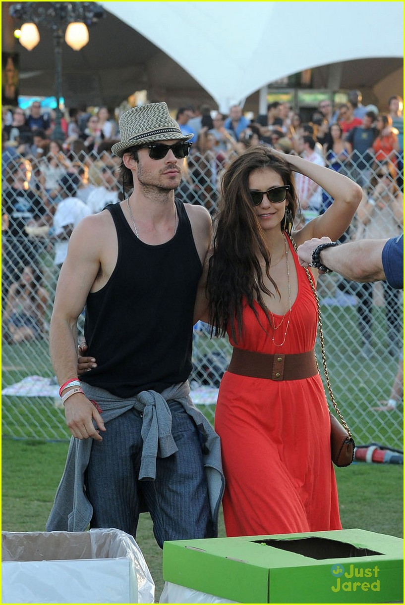 nina dobrev ian somerhalder red dress 04