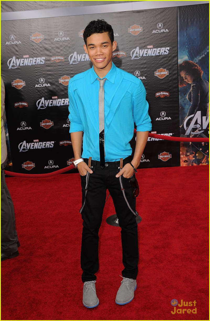 roshon fegan chelsie hightower avengers 09