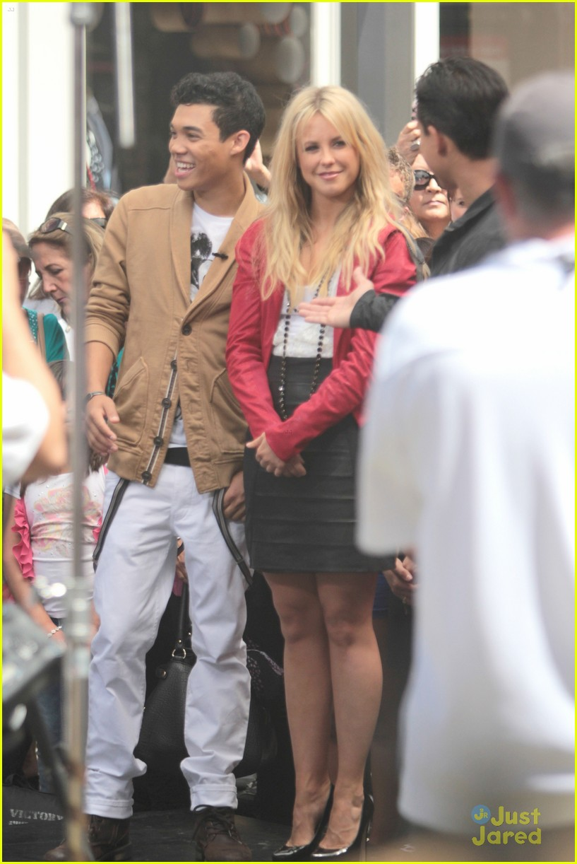 roshon fegan chelsie grove extra 01