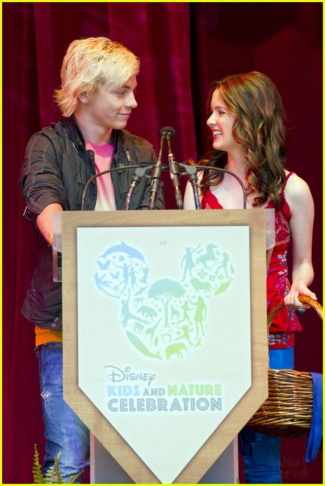 ross lynch laura marano kids nature wdw 09