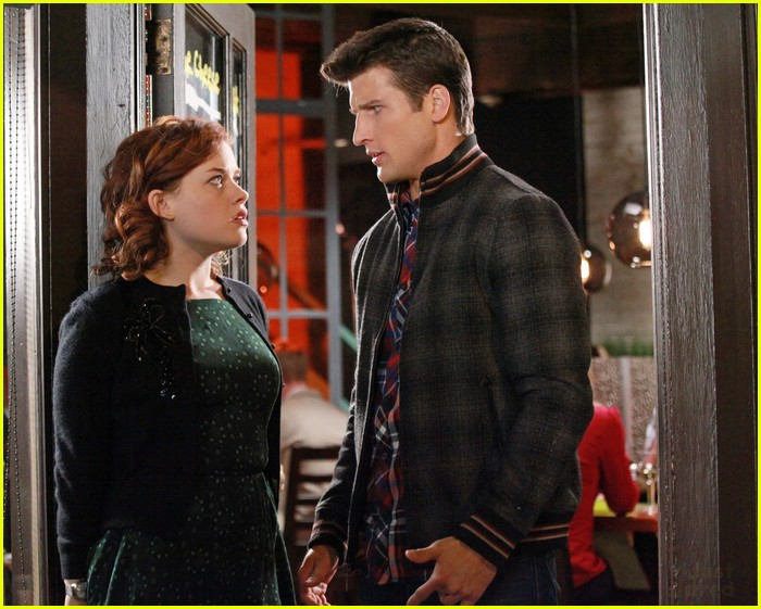 suburgatory tessa ryan date 03