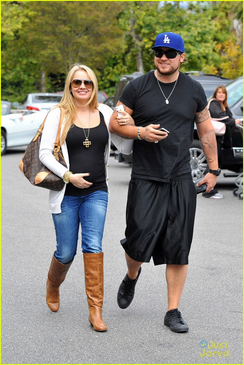 tiffany thornton bbb shopping 04