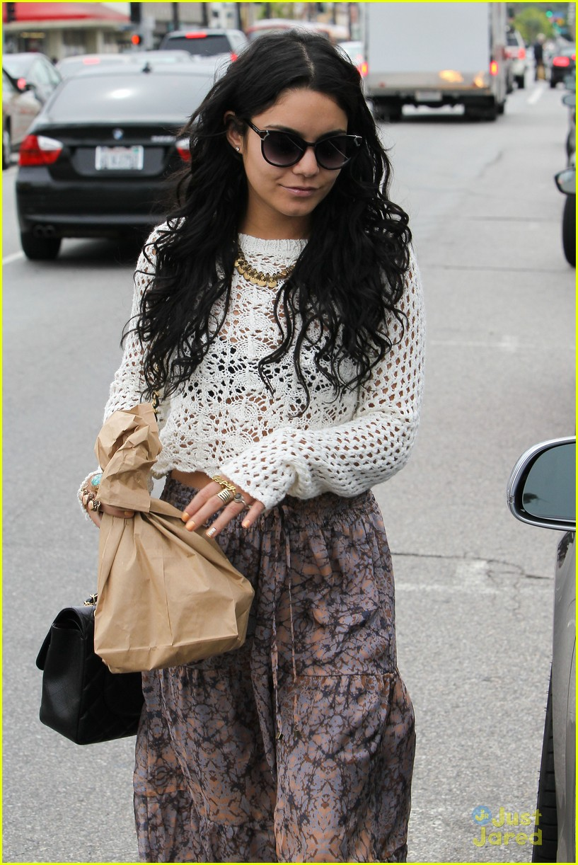 vanessa hudgens cheese gallery 02