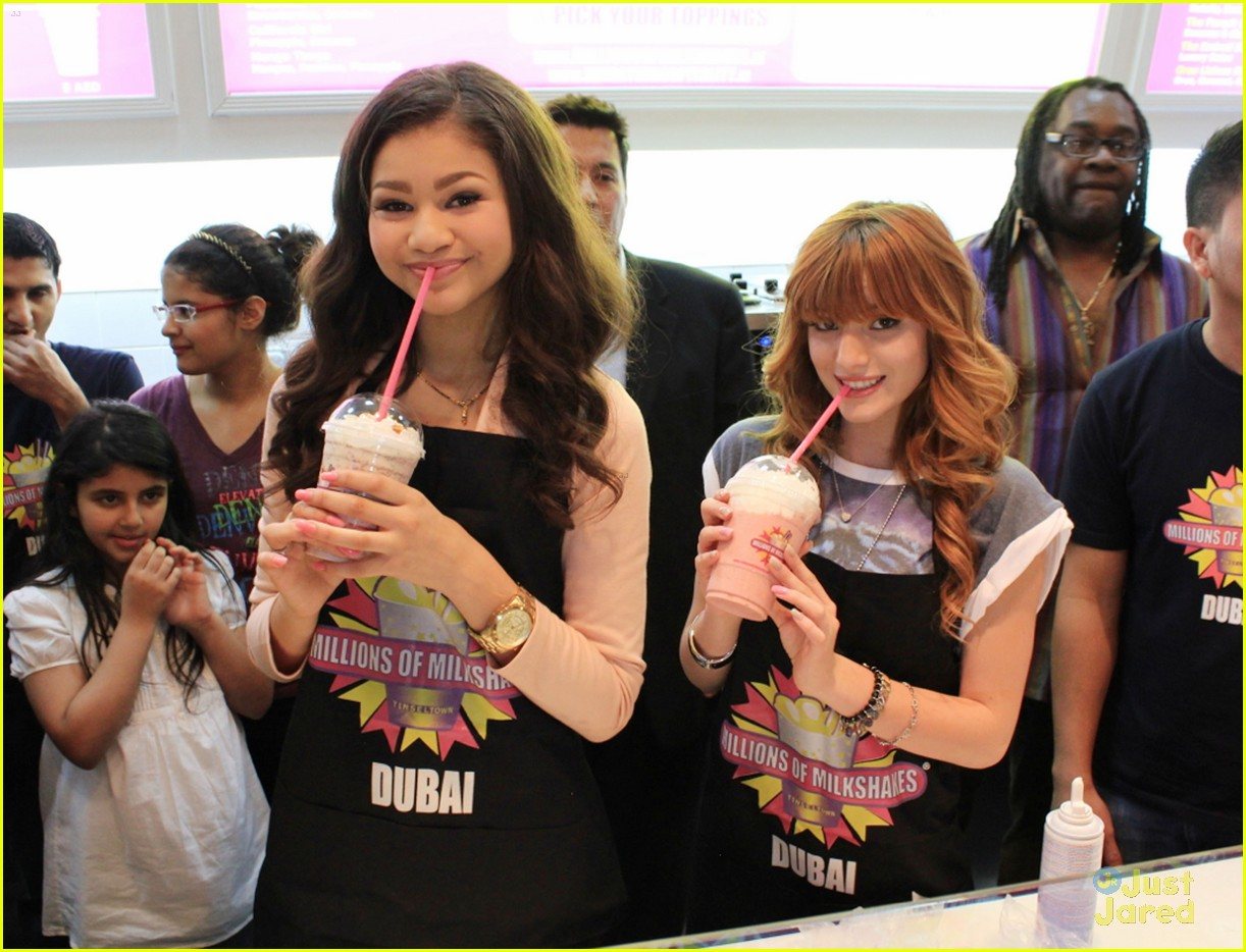 bella thorne zendaya milkshakes 05