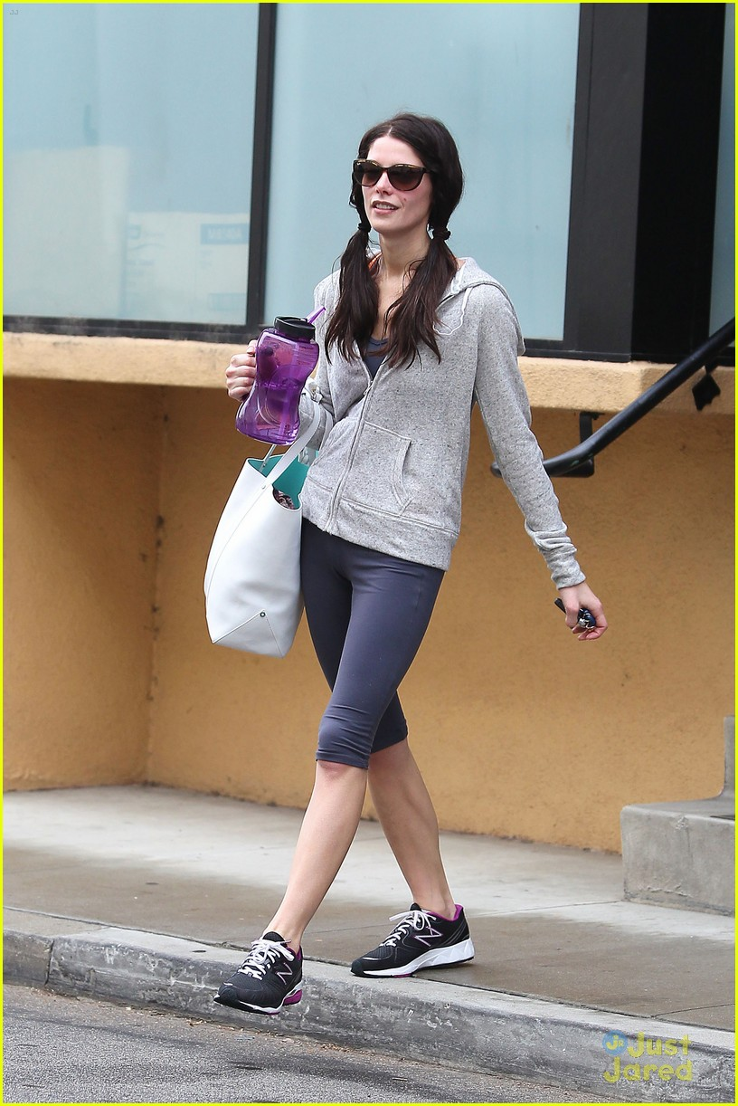 ashley greene reshoots gym 14