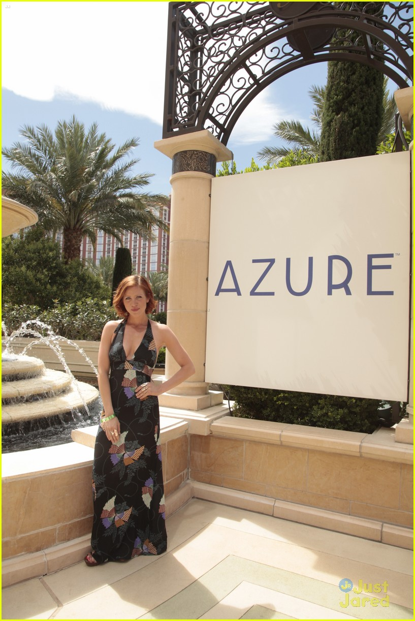 brittany snow azure las vegas 03