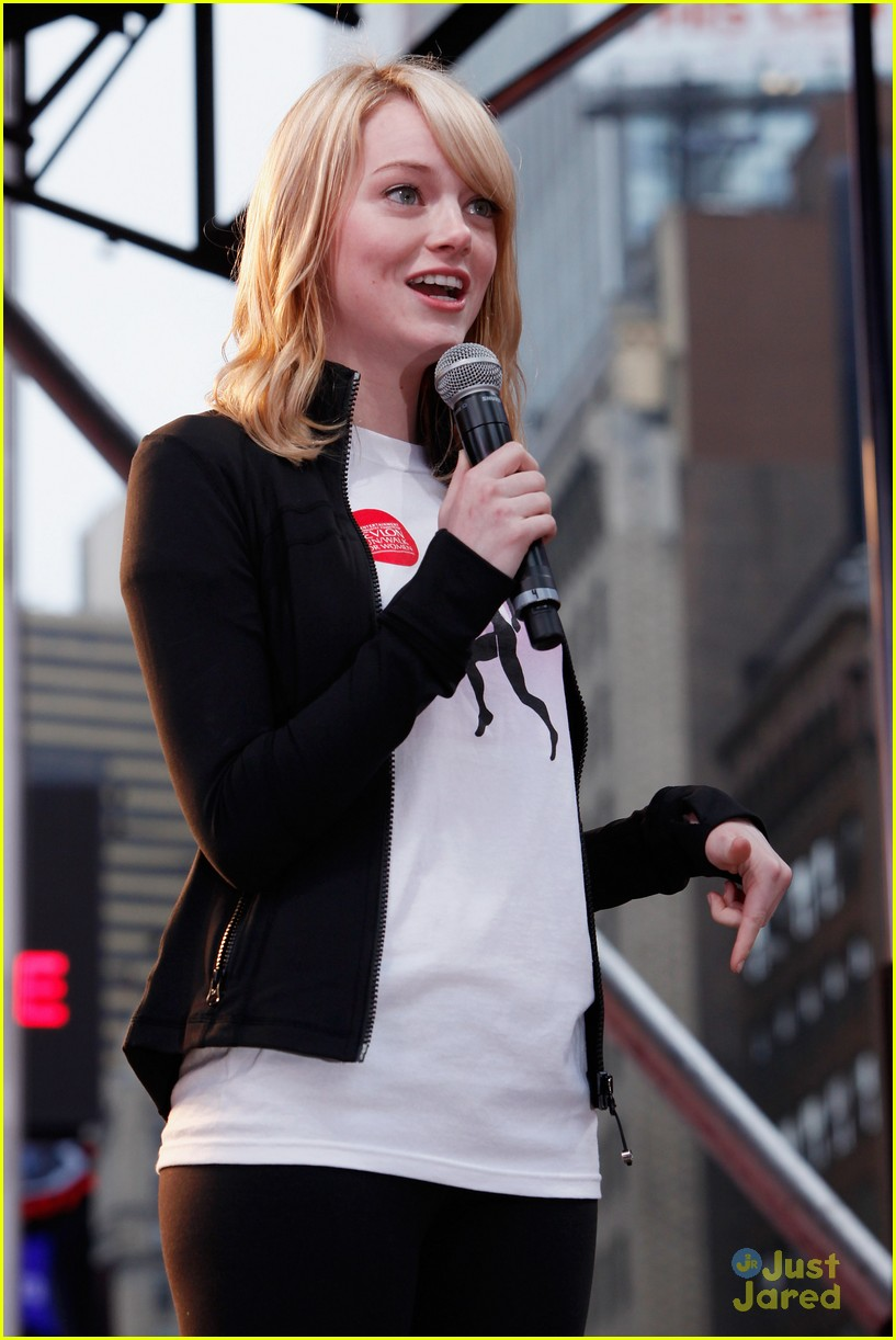 emma stone eif revlon walk 15
