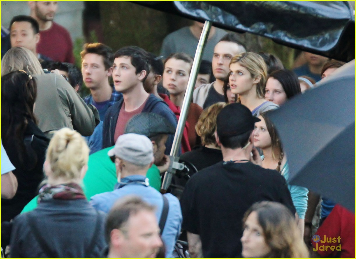 jake abel leven rambin percy set 14