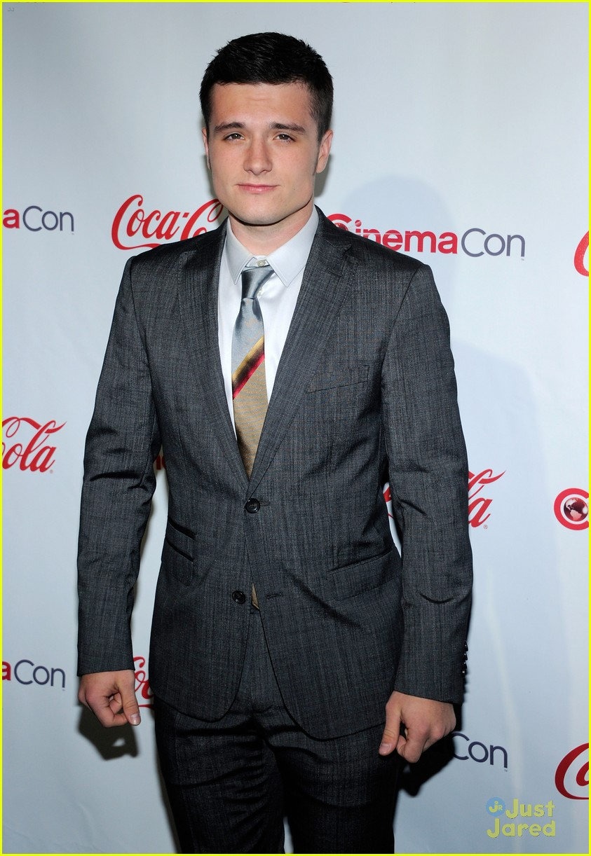 josh hutcherson white house dinner 01