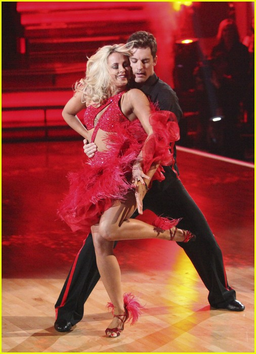 julianne hough diego boneta rock dwts 08