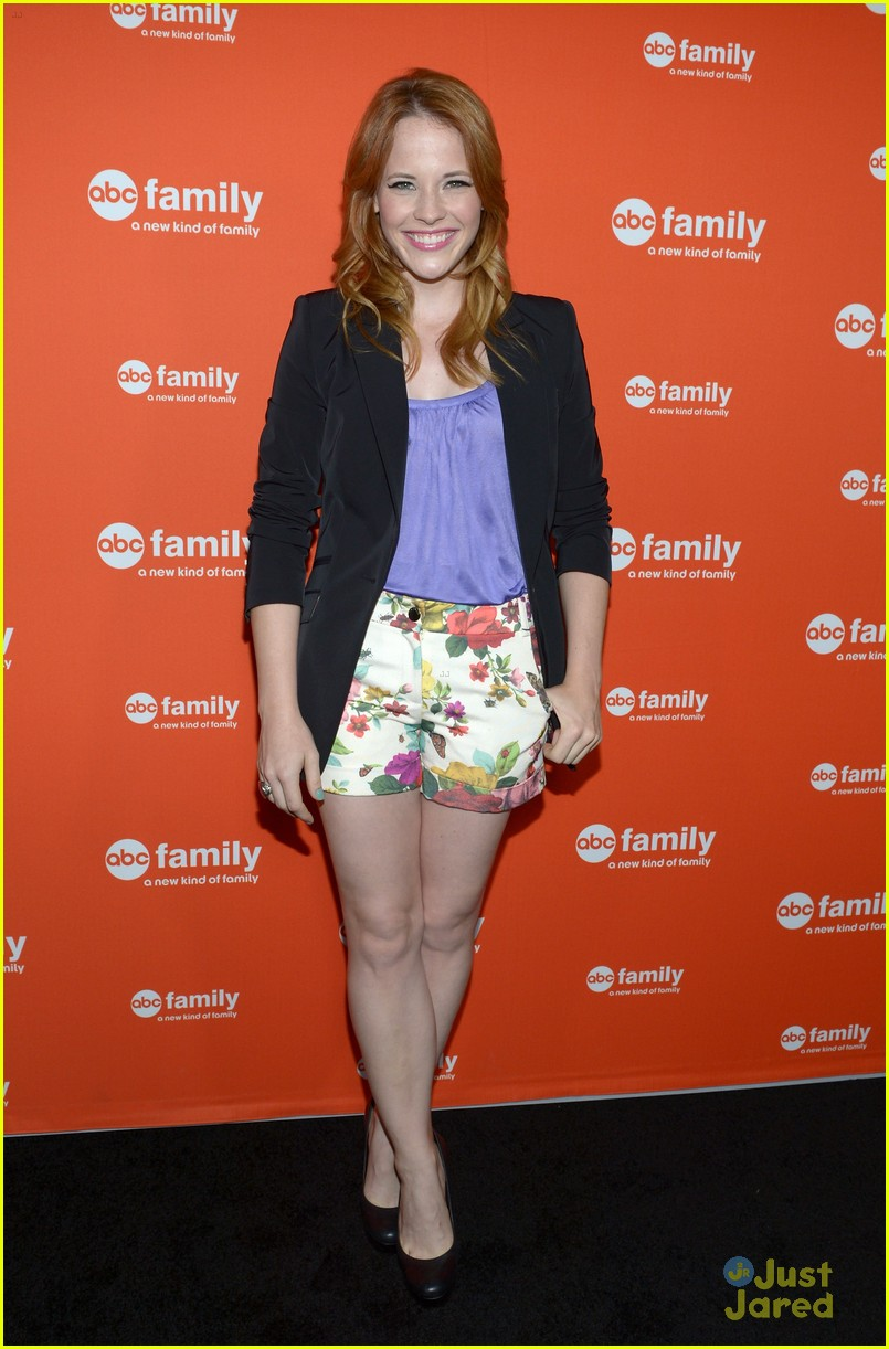 vanessa marano katie leclerc abcf upfronts 09