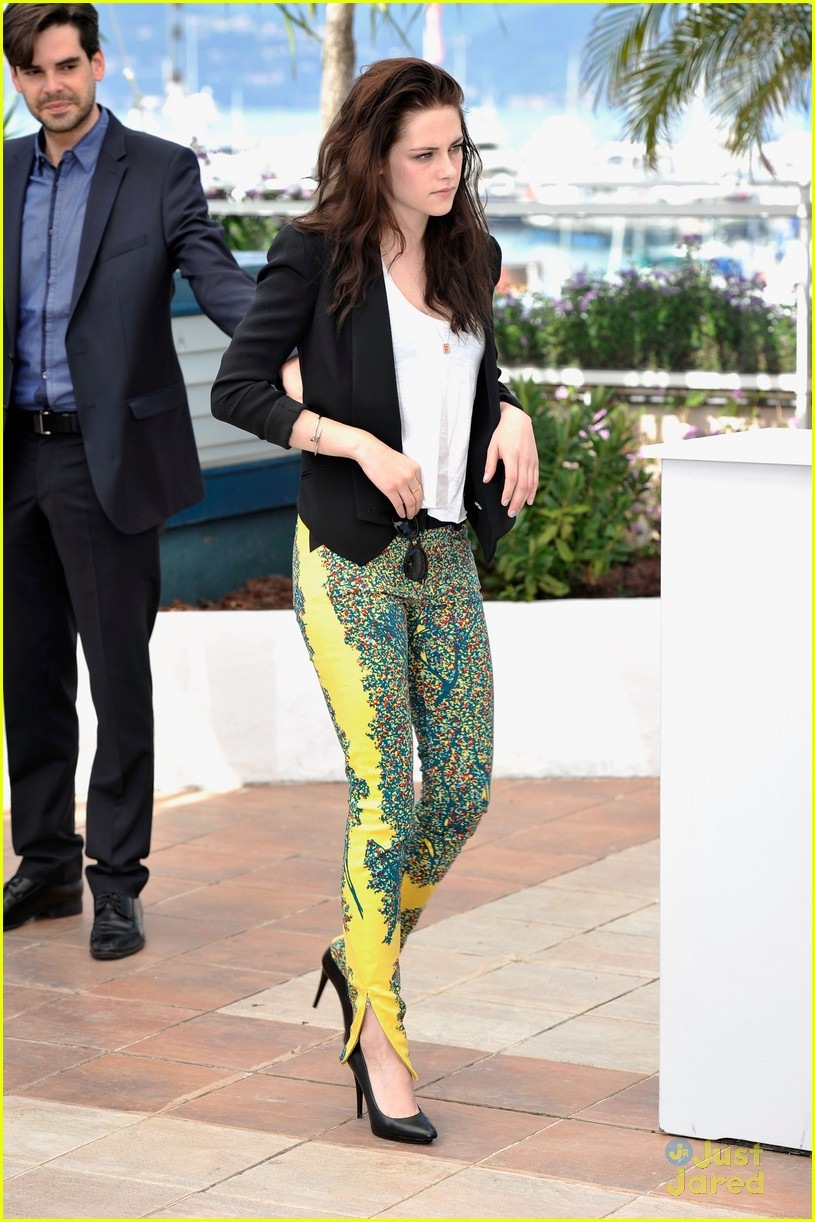 kristen stewart road cannes call 01
