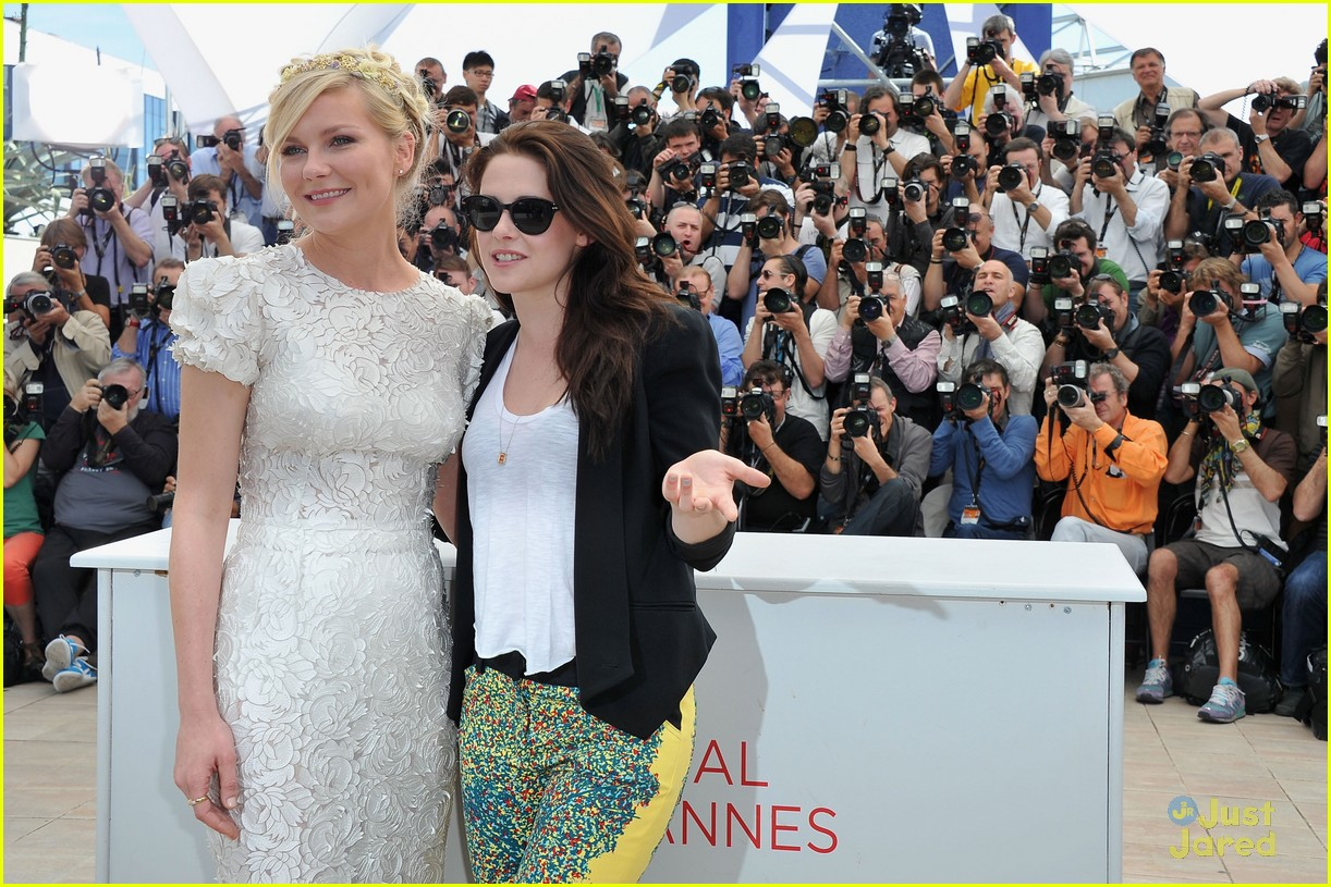 kristen stewart road cannes call 06