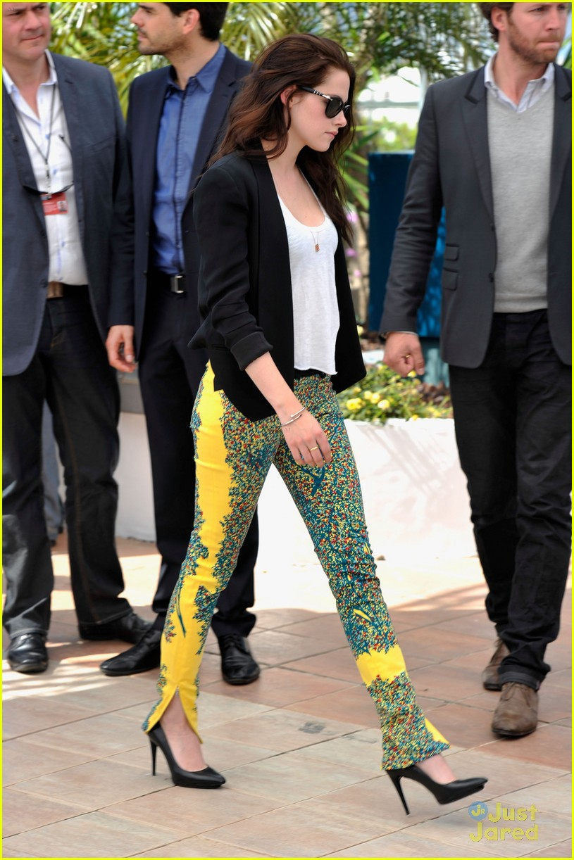 kristen stewart road cannes call 15