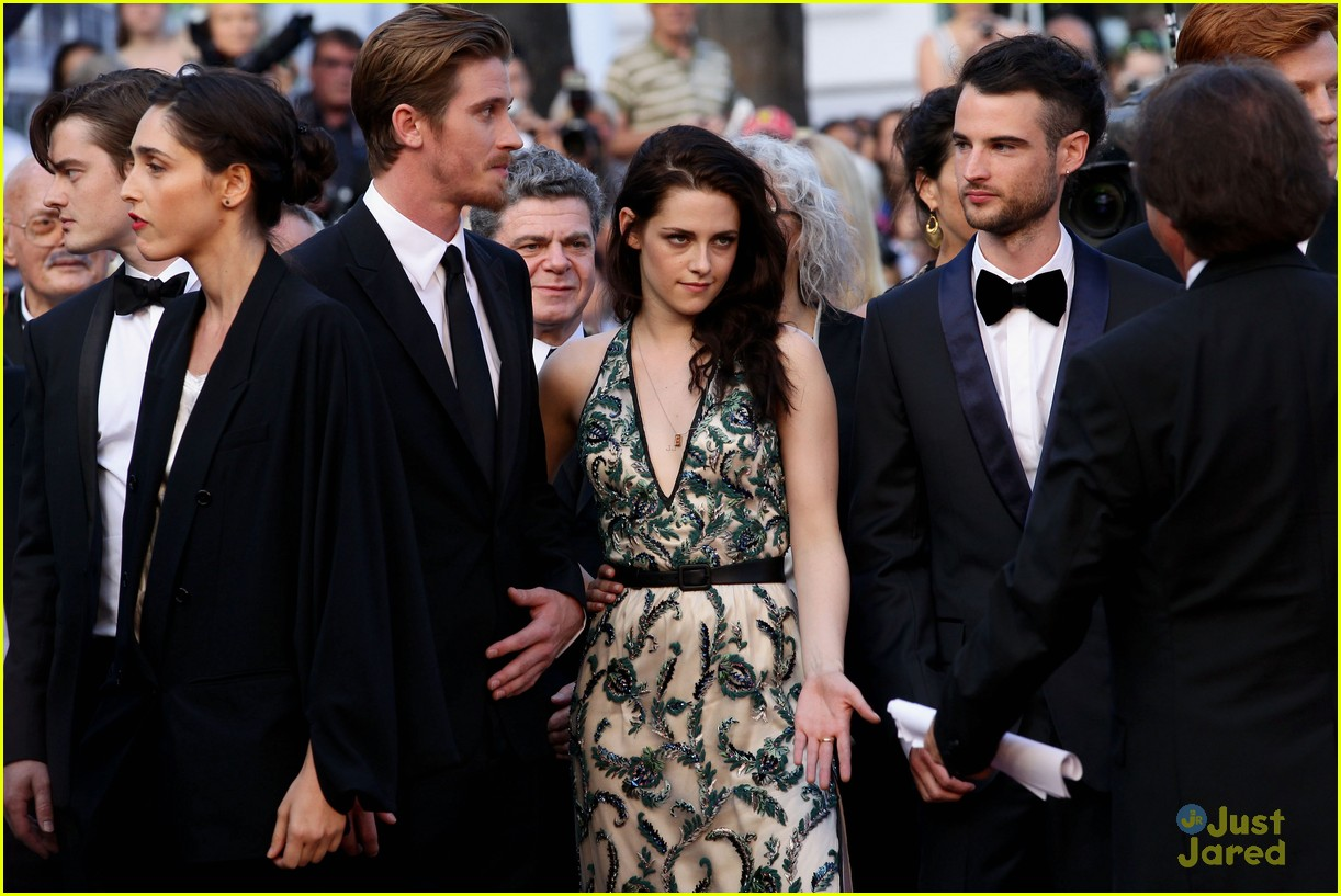 robert pattinson kristen stewart road cannes 13