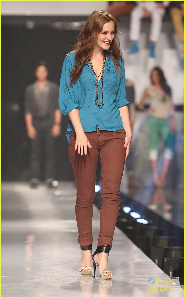 leighton meester phillipines fashion week 05