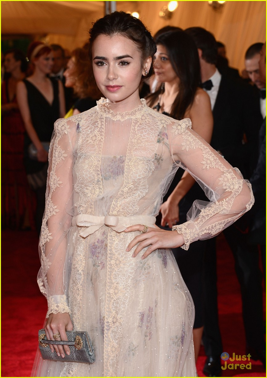 lily collins met ball 03