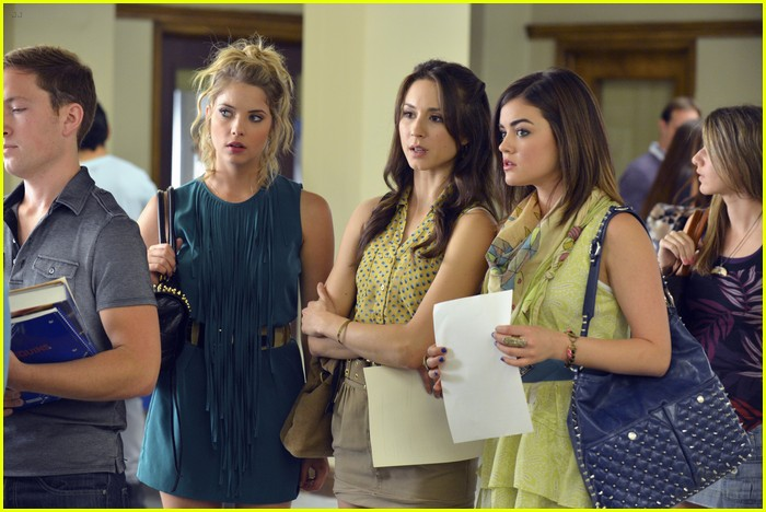 pretty little liars s3 premiere 02