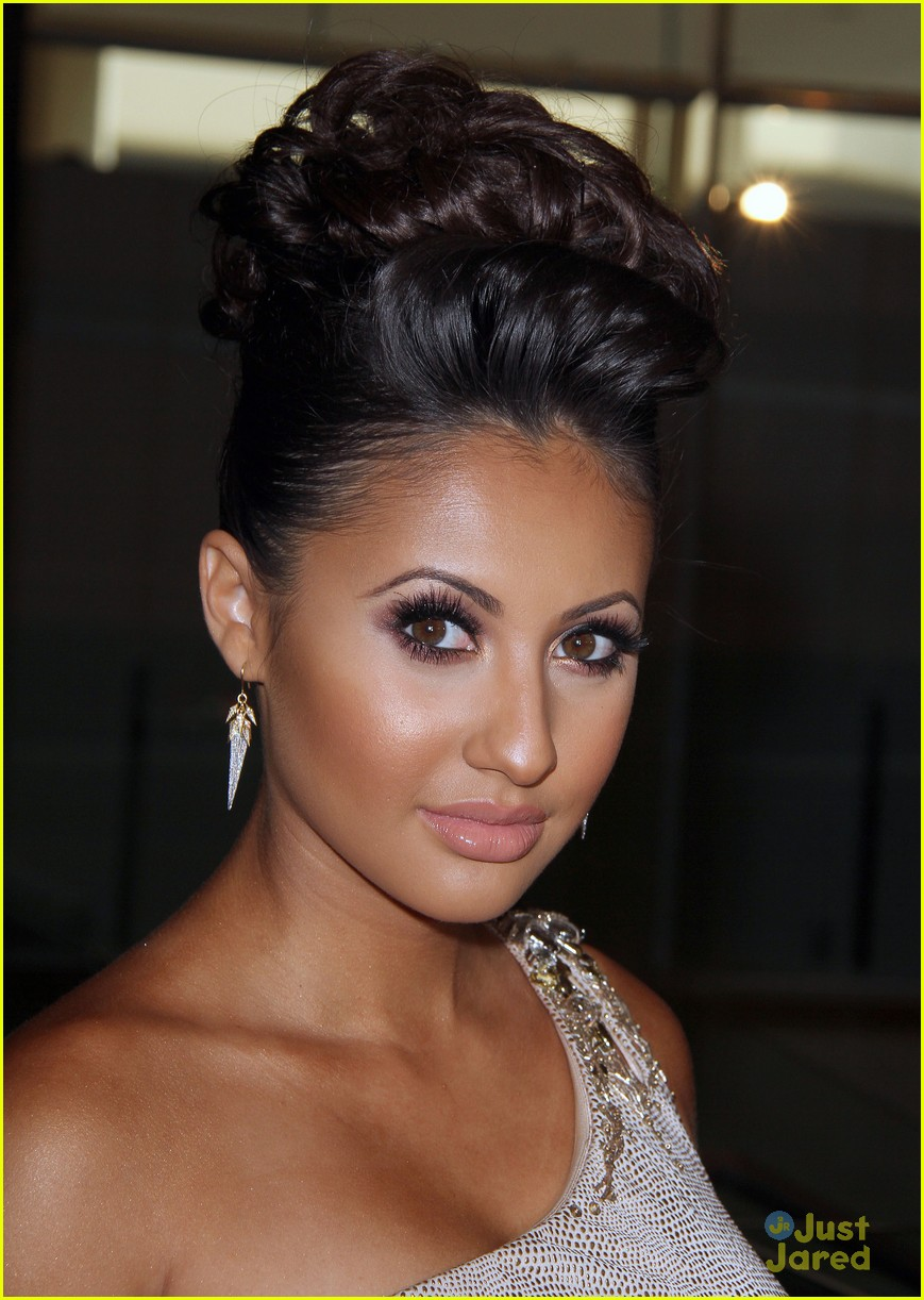 francia raisa cassie scerbo gracie awards 06