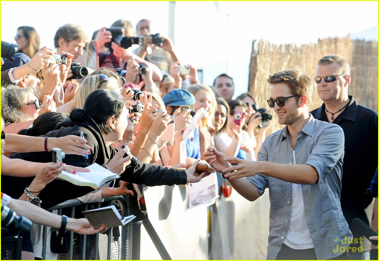 robert pattinson cronenberg cannes 03