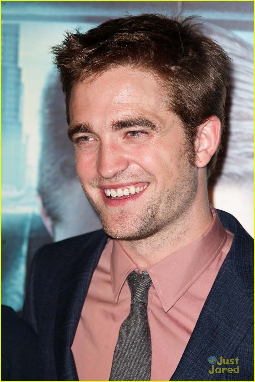 robert pattinson cosmopolis paris 04