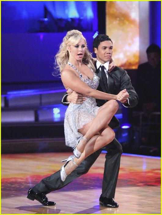 roshon fegan chelsie tango 01