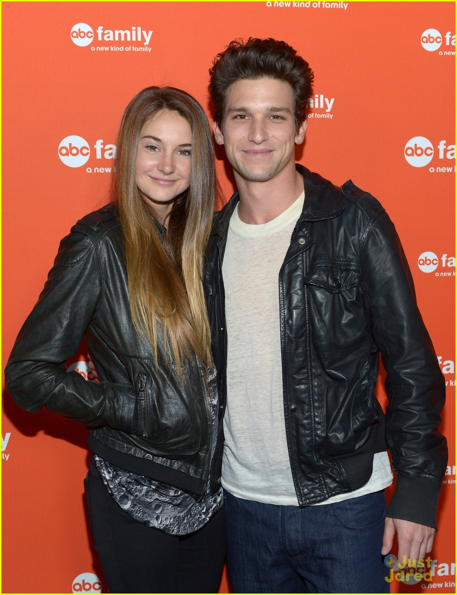 shailene woodley daren kagasoff upfronts 10