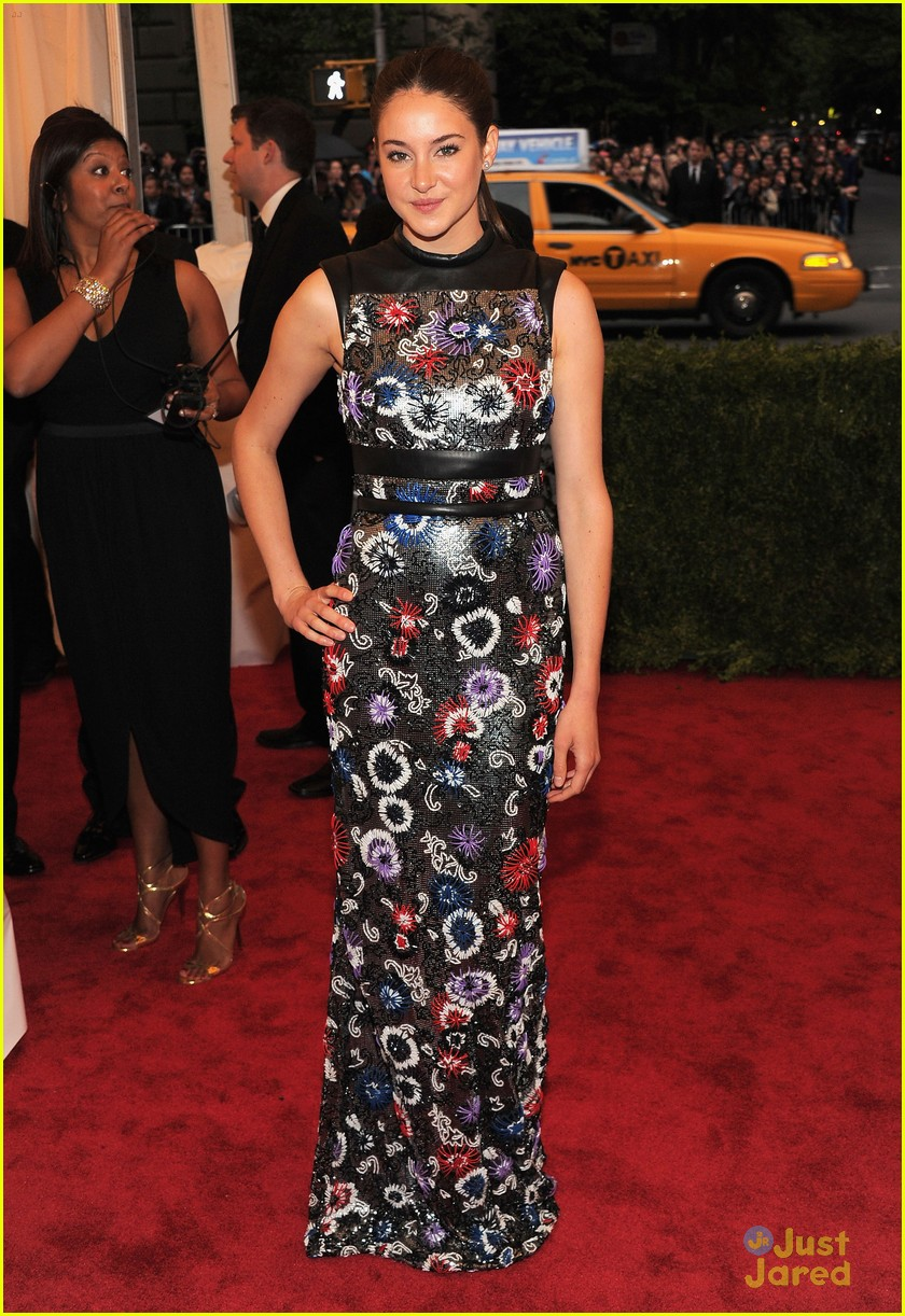 shailene woodley met ball 01