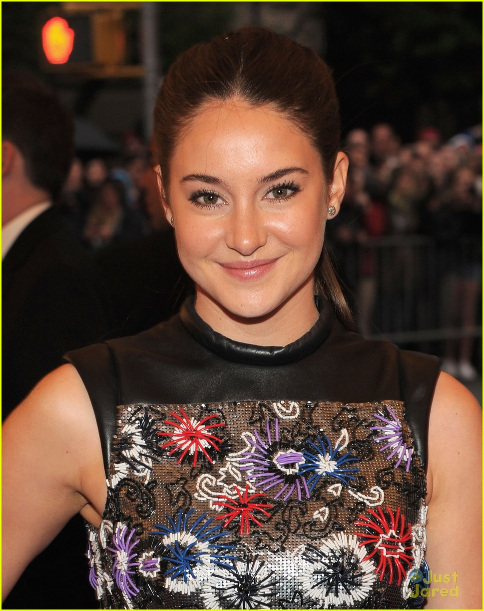 shailene woodley met ball 03