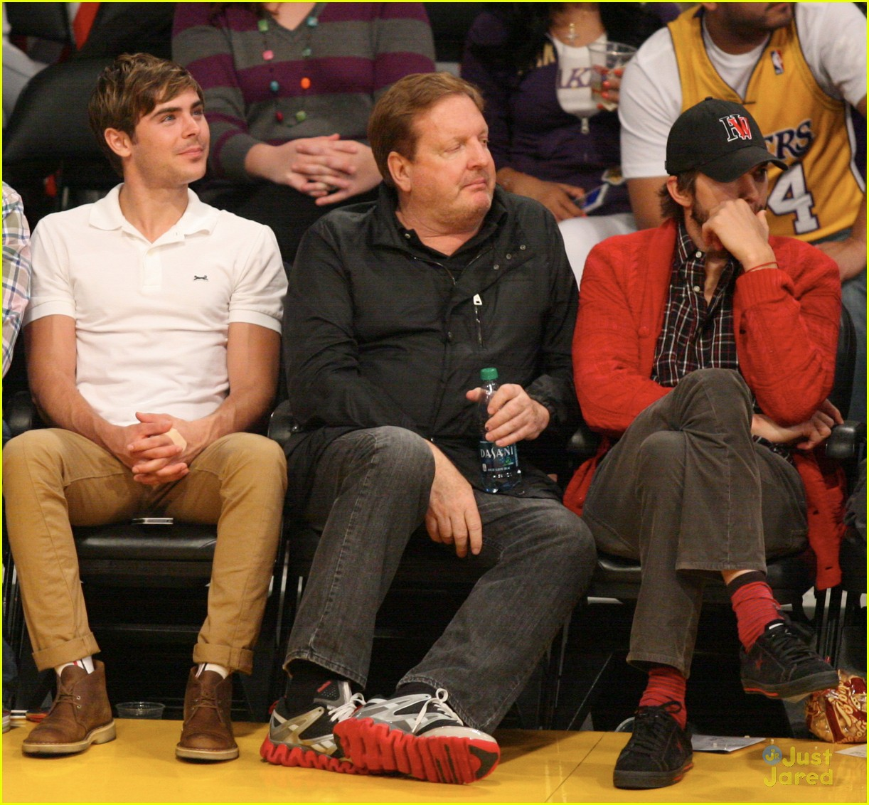 zac efron lakers game 02