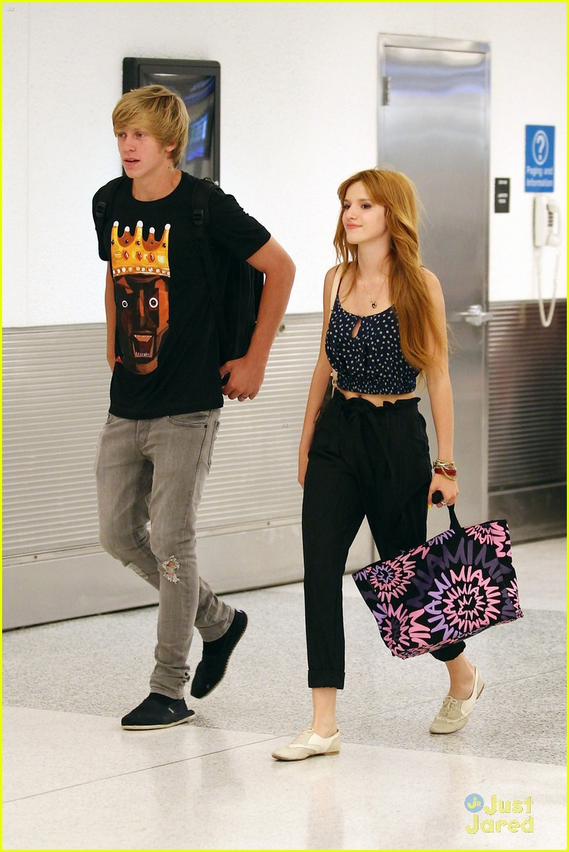 bella thorne miami landing 05
