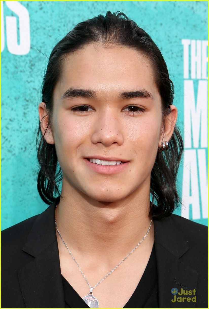 booboo stewart taylor lautner mtv movie awards 07