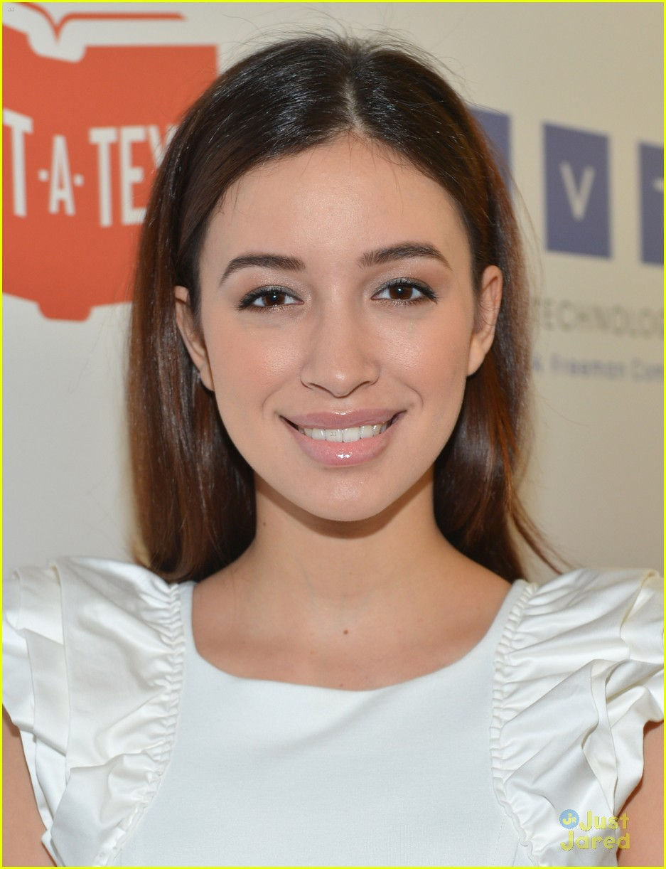christian serratos booboo stewart thirst gala 02